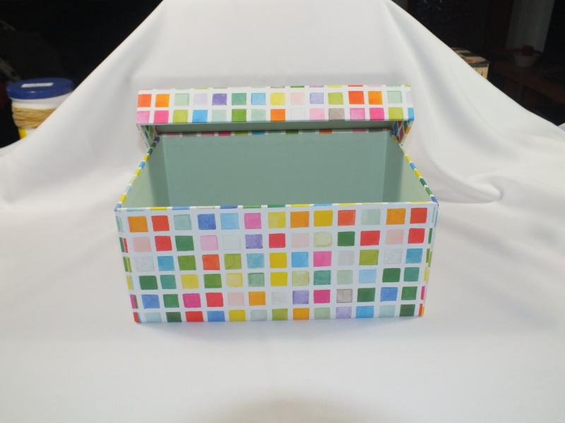 A4 Box offen innen farblich abgesetzt